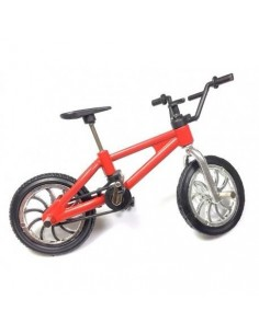 Bicicleta roja decorativa